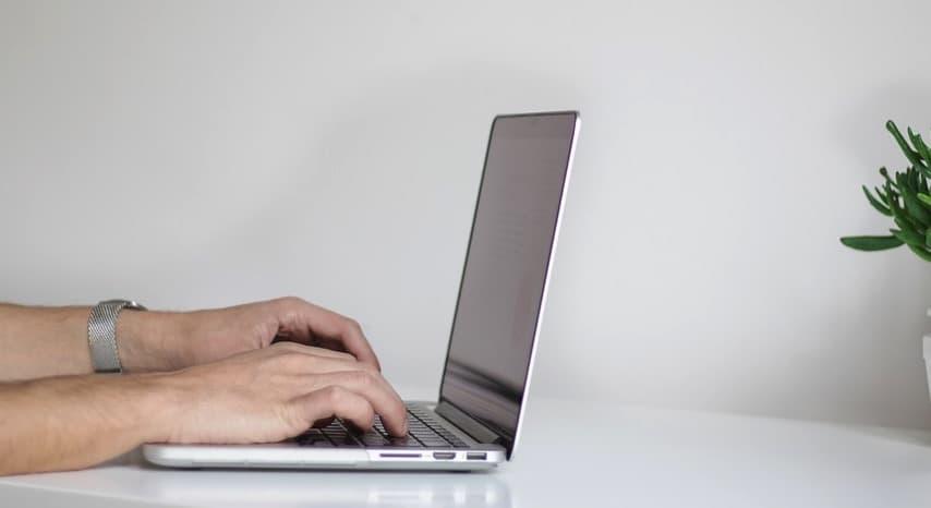 Jak postawić mecz w Fortunie przez internet?